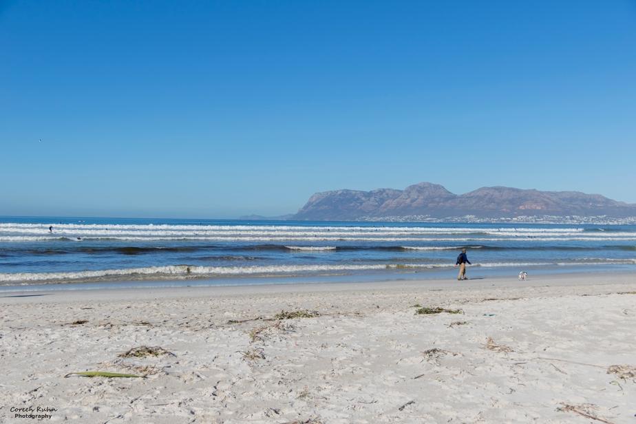 Tuesday Beach Vibes: 06 April2021